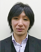 スーツの男性増田氏